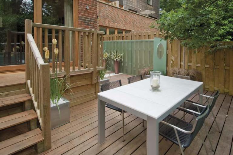 A contempoorary garden design
